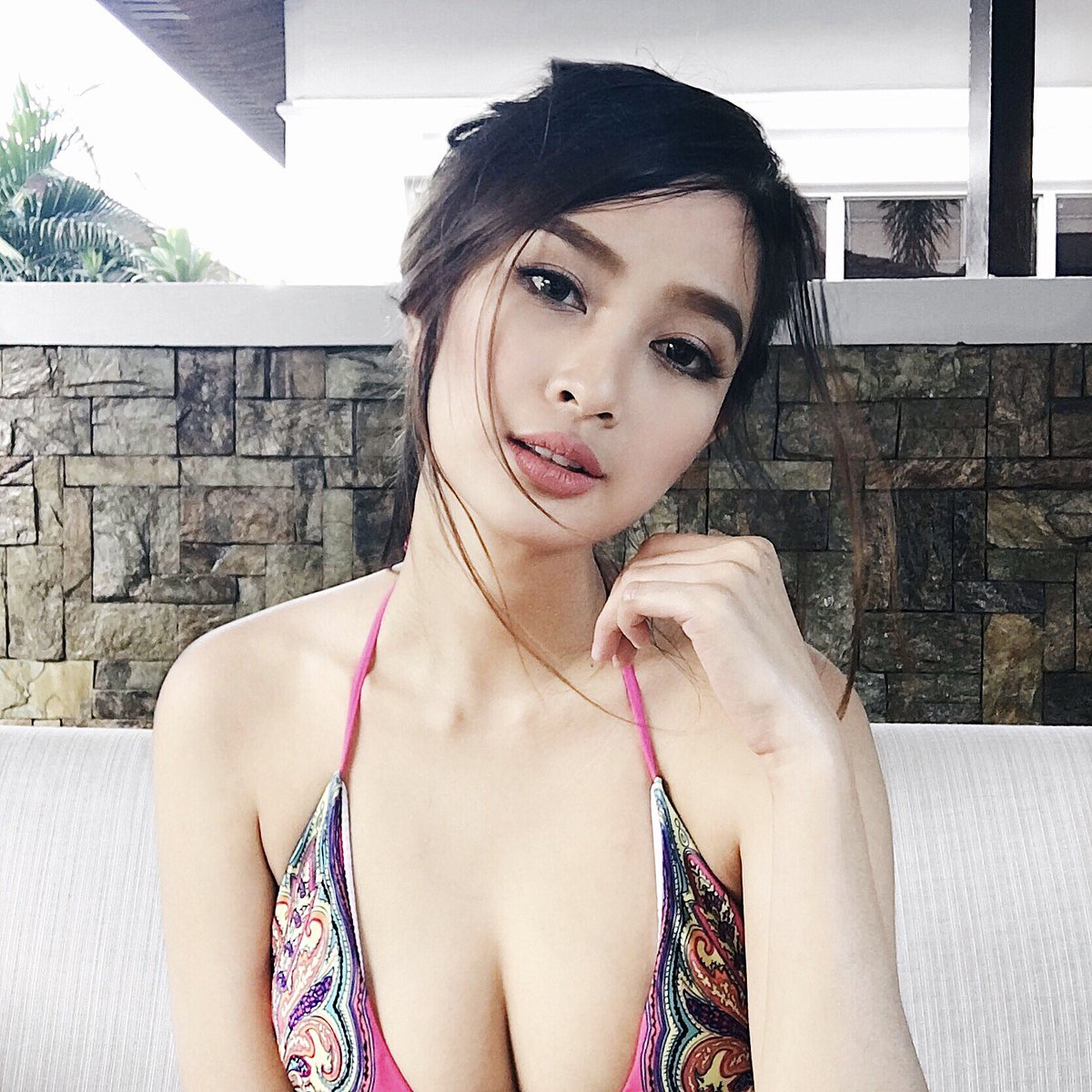 most beautiful woman in southeast Asia,single Asian girls