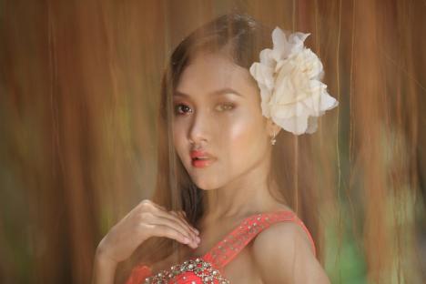 hot young Asian girls, Asian women