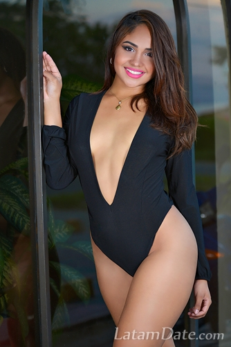 Colombian women,best Latino dating sites