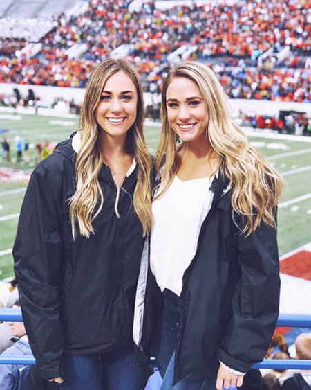 brooke-wells-with-sister-1562928980