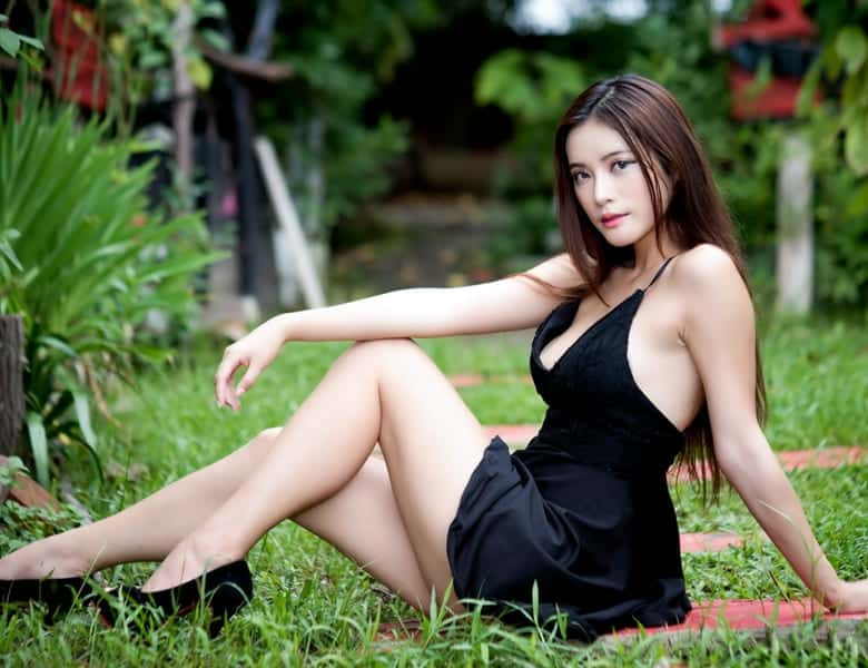 Dating Chinese Women: When is the Right Timing to Ask Her to be Your Girlfriend