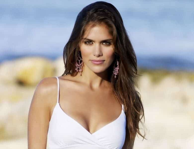 Summer with Spanish Women: Paradise on Earth